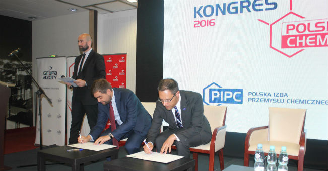 BASF Polska podpisuje deklarację Bezpieczna Chemia (2)
