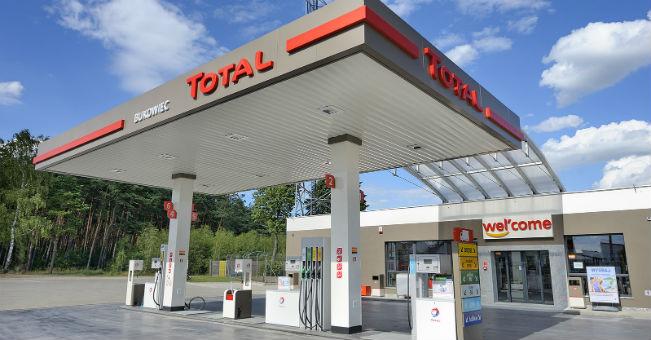 Bukowiec_stacja paliw Total_1