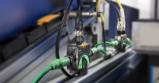 Eaton – Moduły WE/WY SmartWire-DT IP67 ograniczają koszty budowy maszyn