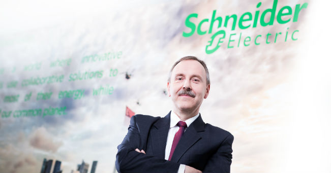 Michał Ajchel_Schneider Electric