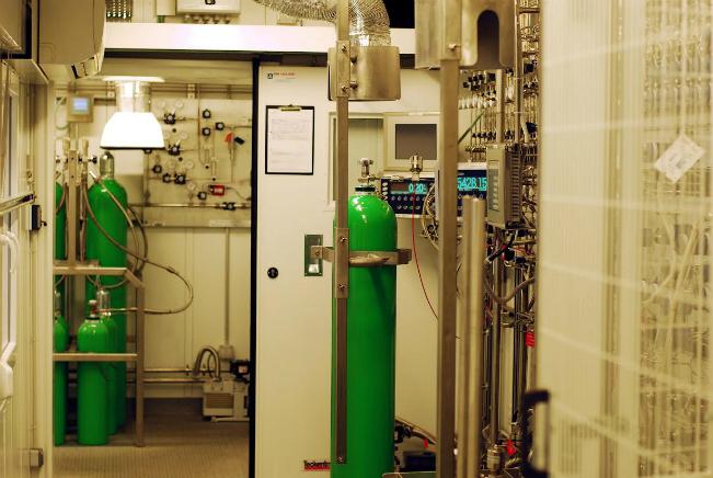 Napełnialnia gazów specjalnych2