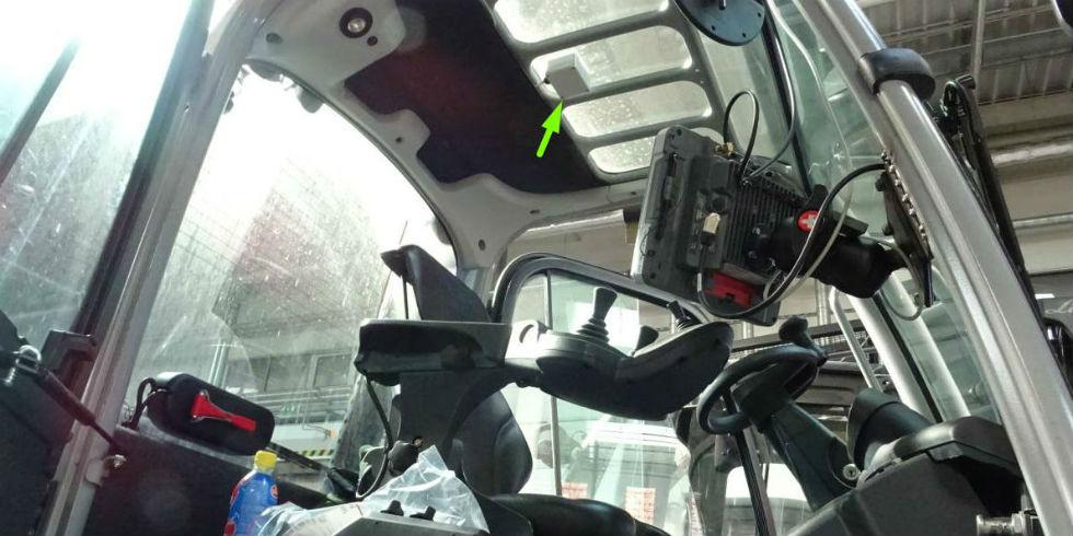 Umiejscowienie czujnika wewnątrz wózka widłowego