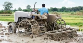 EHC8 – nowe elektrohydrauliczne sterowanie podnośnikami w ciągnikach rolniczych