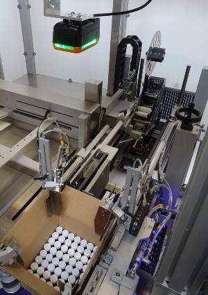 maszyna-do-pakowania-kartonow-1