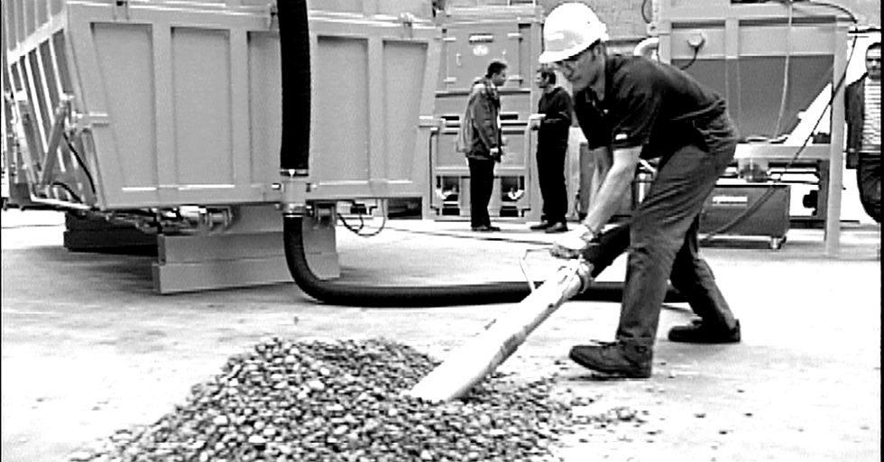 Odkurzacze przemysłowe Nilfisk – rozwiązania dla każdej branży