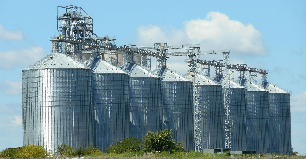 silos-1598168_1920