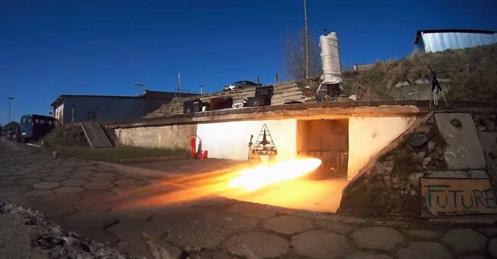 Gdyńskie SpaceForest testuje silnik rakietowy o nazwie SF70