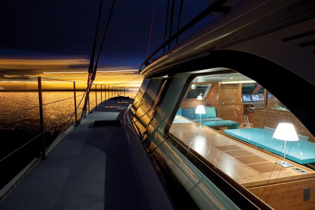 sunreef-yachts_PP_w28_2