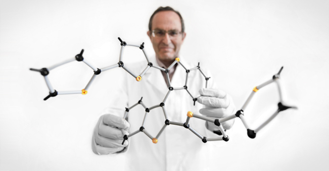 Chiralne oddychanie: elektrycznie sterowany polimer zmienia własności optyczne