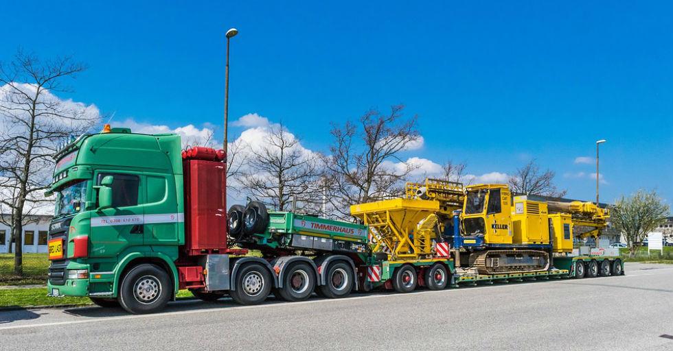 truck-1379566_960_720
