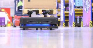 DB Schenker wprowadził do użytku autonomiczne roboty transportowe oparte o SI