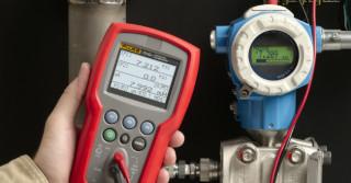 Fluke – nowy kalibrator ciśnienia do transportu substancji niebezpiecznych