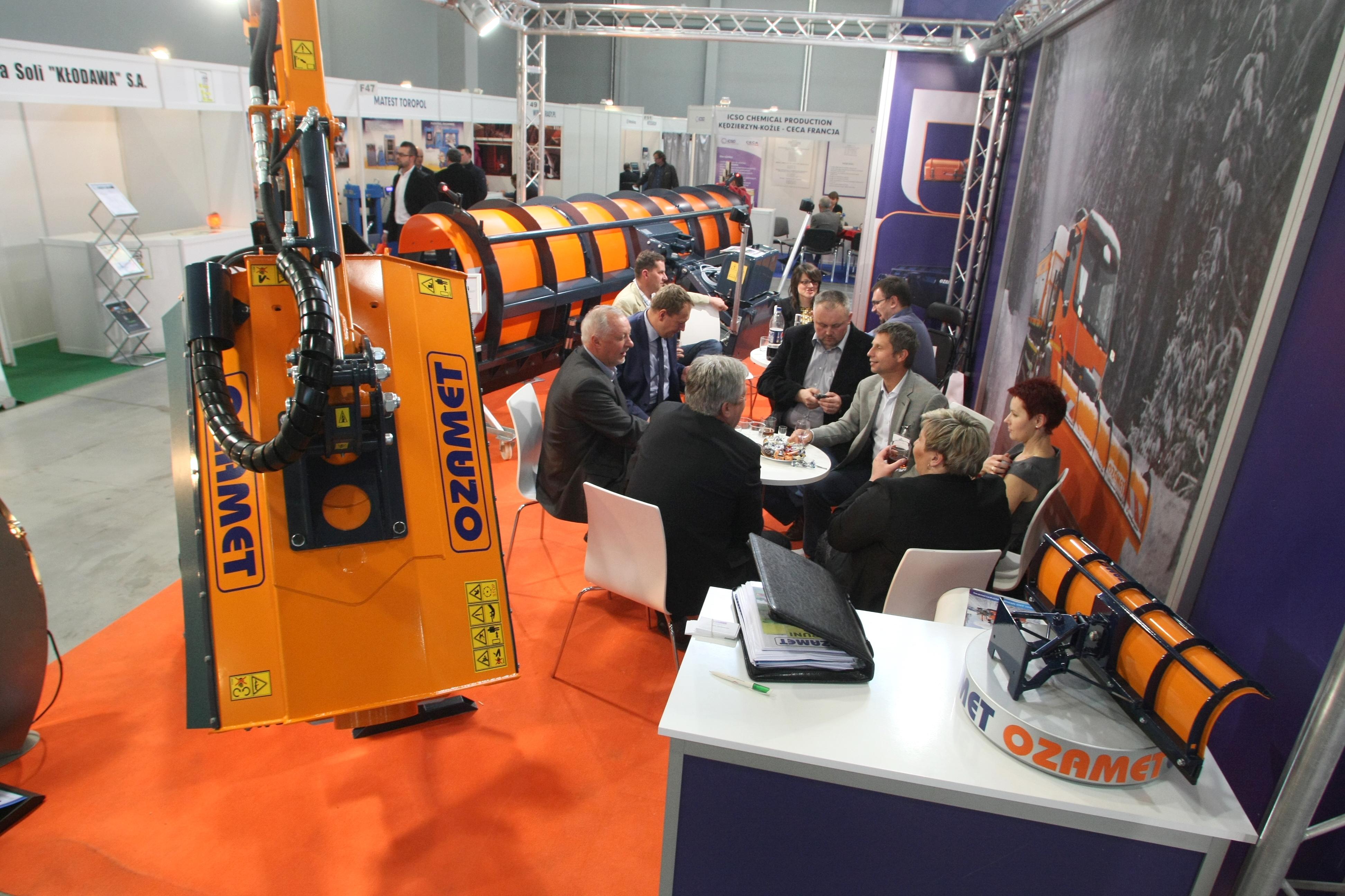 AUTOSTRADA-POLSKA 2014 – firmy podpisują kontrakty