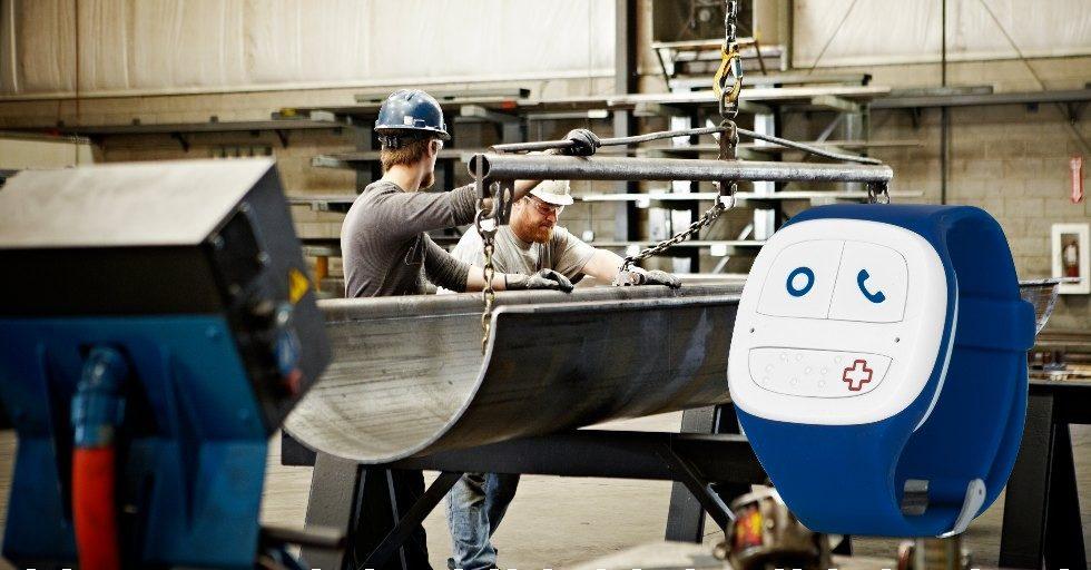 Comarch WristBand dla sektora przemysłowego – system do monitorowania bezpieczeństwa pracowników