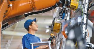 Utrzymanie ruchu linii produkcyjnych jaworskiej fabryki Mercedesa w rękach Leadec