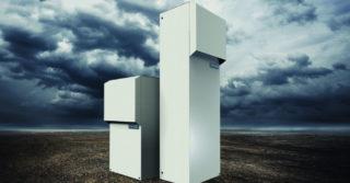 Zarządzanie ciepłem w szafach sterowniczych: zewnętrzne klimatyzatory Pfannenberg