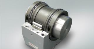 Dzielone łożyska walcowe NSK zwiększają wydajność funkcjonowania stalowni