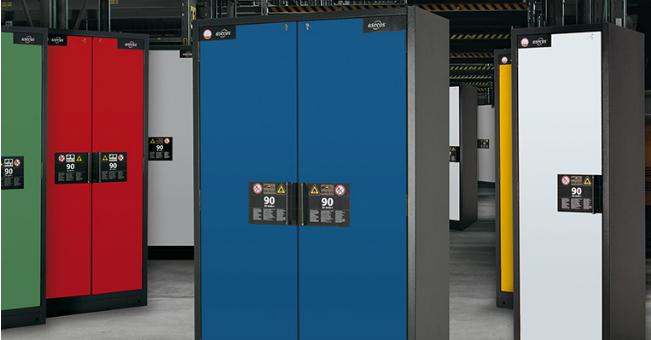 Innowacyjne szafy dla materiałów niebezpiecznych od firmy DENIOS