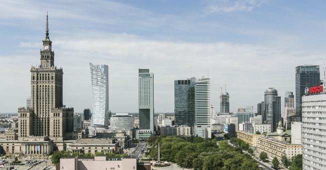 Inwestycje w Polsce przekroczyły 1,5 miliarda EUR w 2015 r.