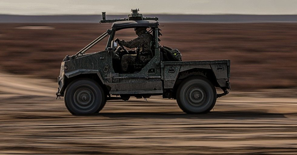 Pojazd AERO: terenowe auto 4×4 dla wojsk powietrznodesantowych