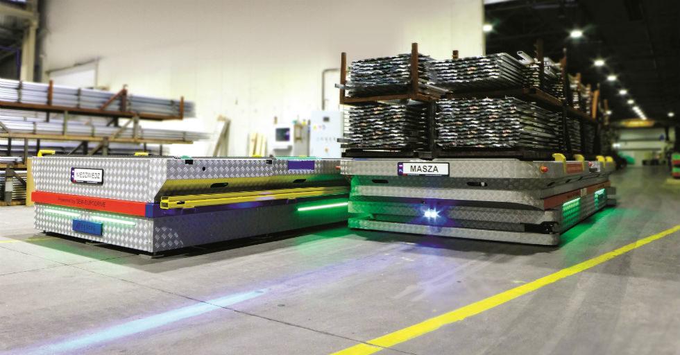 System transportu ładunków wielkogabarytowych w tłoczni profili aluminiowych