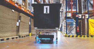 Robot mobilny optymalizuje intralogistykę w FM Logistic