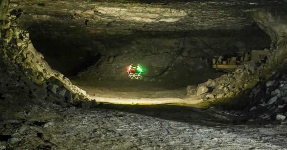 Drony w kopalniach? KGHM testuje możliwości wykorzystania urządzeń po ziemią