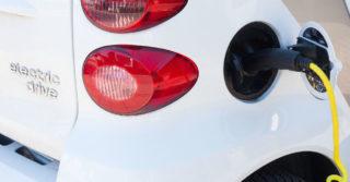 Rozwój elektromobilności w Polsce – raport