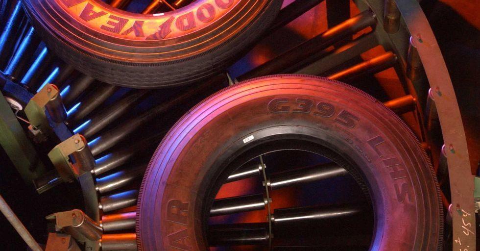 Producent opon Goodyear tworzy inteligentne przedsiębiorstwo