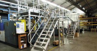 Krok w stronę bezpieczeństwa. Konstrukcje specjalne usprawniające organizację pracy w zakładach przemysłowych