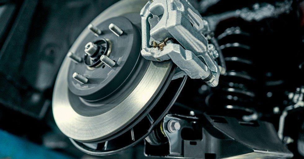 Raport: sektor motoryzacyjny wraca powoli do normy – dane po I kwartale 2021