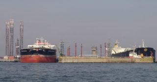 Ponad 15 mln ton przeładowanej ropy i paliw w tym roku w Naftoporcie