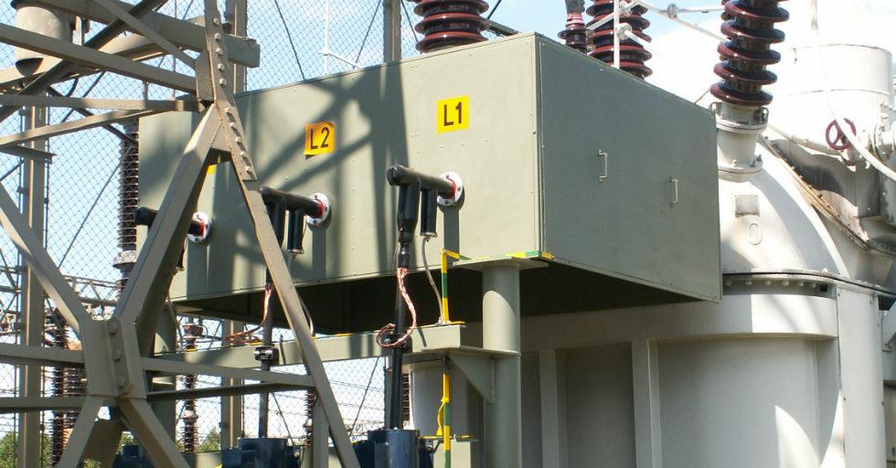 Mosty kablowe w urządzeniach elektroenergetycznych