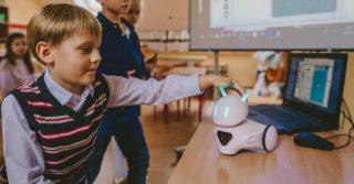 Photon: robot, który wprowadza dzieci w świat programowania
