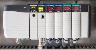 Co to jest PLC, z czego się składa i do czego służy?