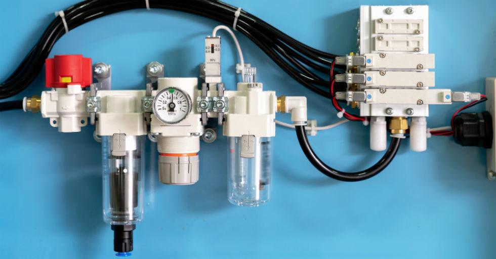 Co to jest i jak zmontować układ pneumatyczny?