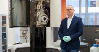 Nanokompozytowa powłoka antybakteryjna na szkle. Innowacyjny projekt rzeszowskich naukowców