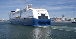 Statki zasilane napędem hybrydowym i energią wiatrową przyszłością sektora morskiego