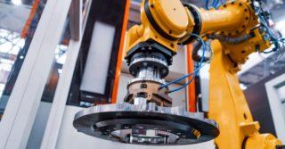 Ponad 2,7 miliona przemysłowych robotów pomaga w fabrykach na całym świecie