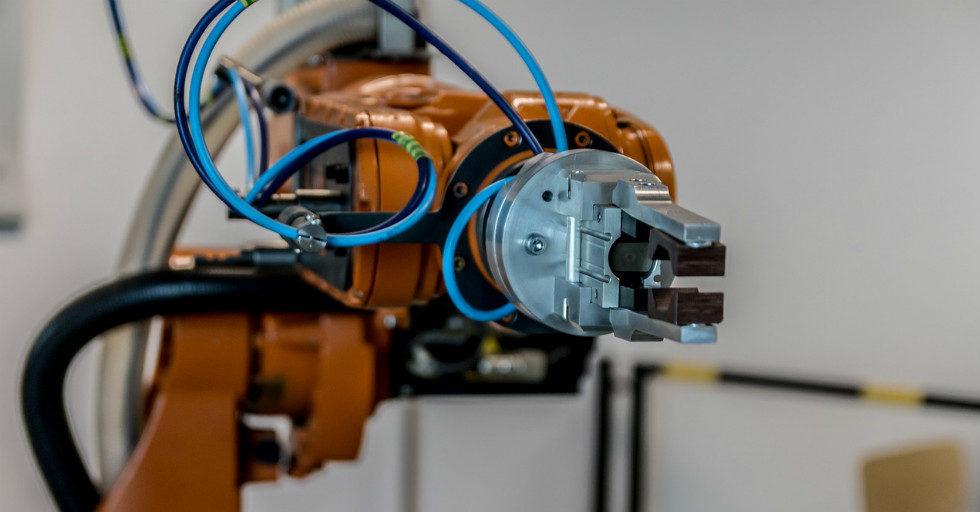 Światowa sprzedaż robotów przemysłowych podwoiła się w ciągu ostatnich pięciu lat