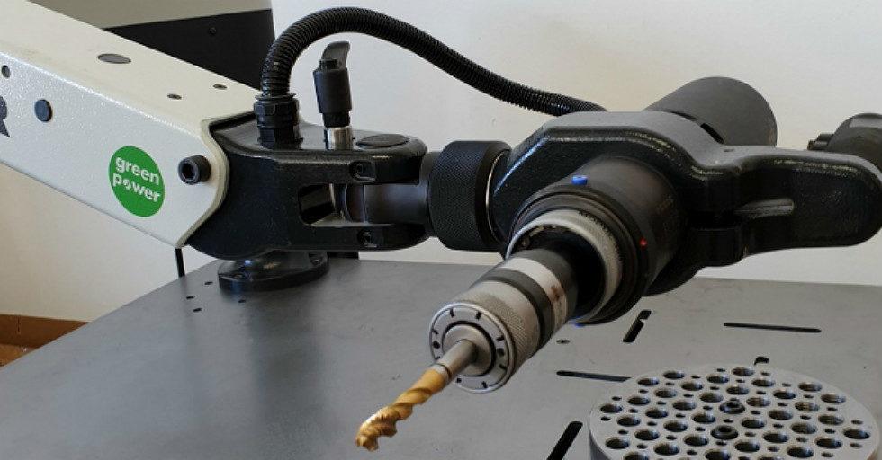 Elektryczne maszyny do gwintowania otworów w powierzchni