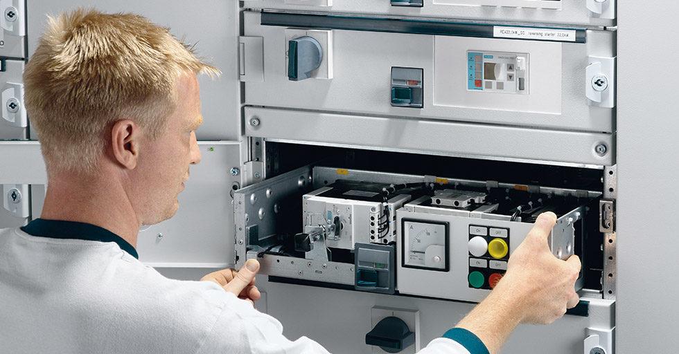 Nowoczesne rozdzielnice Siemens SIVACON S8 produkowane w Polsce– niezawodność i bezpieczeństwo
