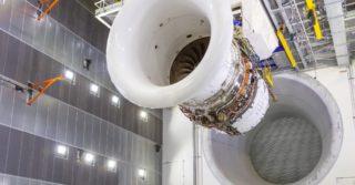 Rolls-Royce uruchamia pierwszy silnik na największym i najbardziej inteligentnym testowym stanowisku dla silników lotniczych