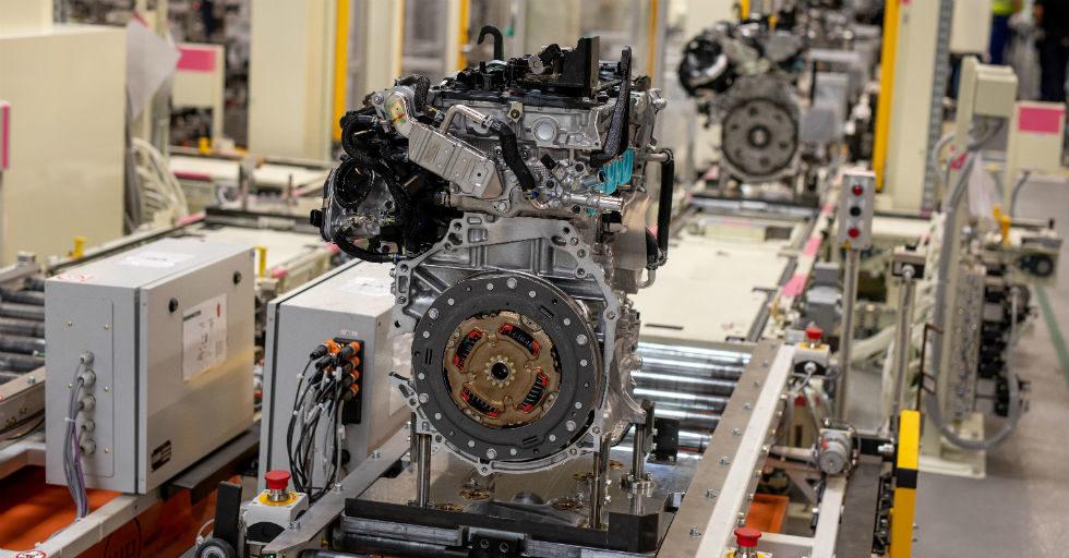 Wystartowała produkcja silników do napędów hybrydowych Toyota