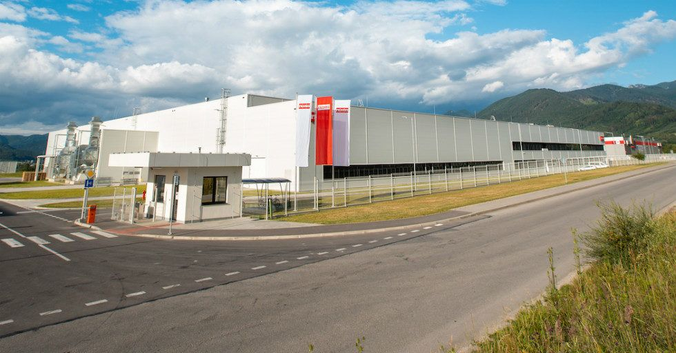 Franke otwiera nowoczesną fabrykę zlewozmywaków granitowych i kompozytowych na Słowacji