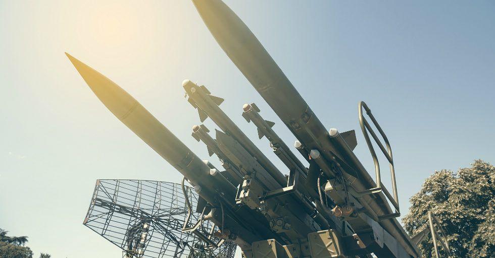 Świat inwestuje w obronność – przychody sektora obronnego zwiększą się wtym roku o 3,6 proc.