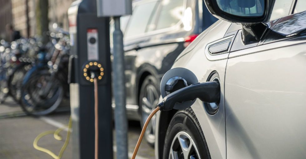 Polska miedź napędza elektromobilność