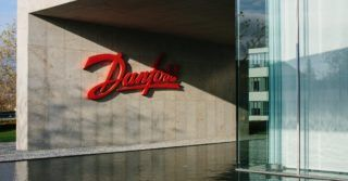 Danfoss finalizuje przejęcie Eaton Hydraulics za kwotę 3,3 mld USD