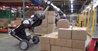 Robot Handle od Boston Dynamics przenosi paczki z jednego miejsca na drugie