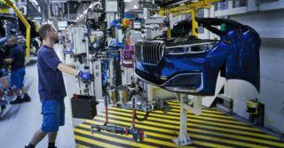 Elastyczne planowanie produkcji w fabryce samochodów BMW